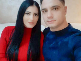 CoquineXCouple - Live nude with this standard constitution Female and male couple