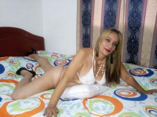 ZaharaWilliams - Chat sexy with this latin american MILF