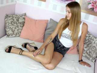 Picture of the sexy profile of ShiningLizzi, for a very hot webcam live show !