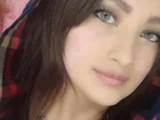 Photo de profil sexy du modèle MargaritaBella, pour un live show webcam très hot !
