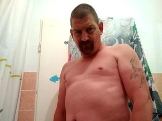Picture of the sexy profile of BigJohnX, for a very hot webcam live show !