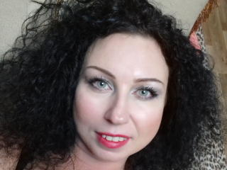 HairyQueenX - Webcam live nude with a hairy genital area Mature