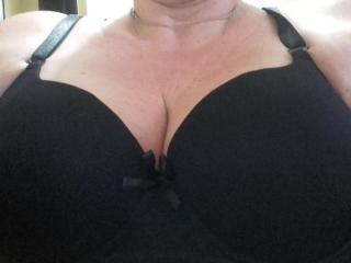 Picture of the sexy profile of Mary69Mature, for a very hot webcam live show !