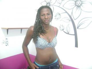 Photo de profil sexy du modèle ExtremeBlack4u, pour un live show webcam très hot !